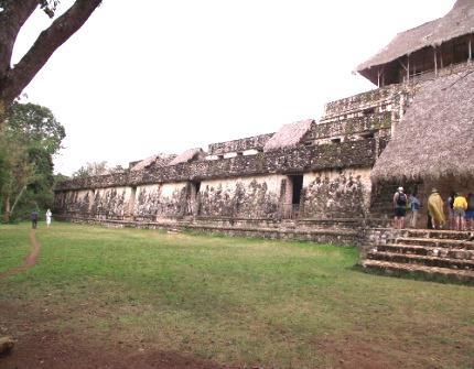 Cenote Xcanche Ekbalam